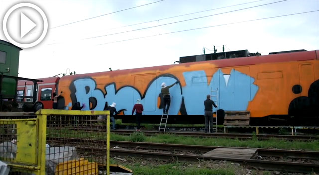 Musical version of painting a wholecar by BLOW crew